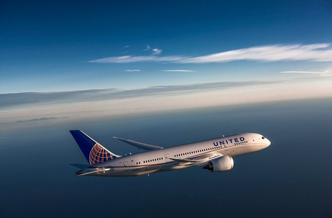 A United 787 inflight