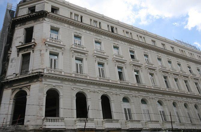 The Manzana de Gomez buiding, taking shape as the new Kempinski Havana hotel