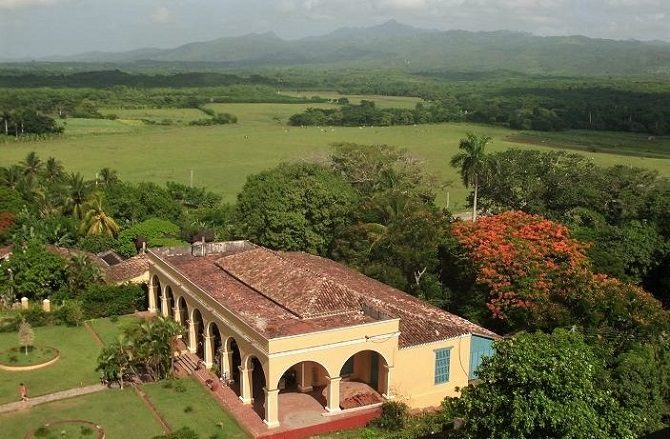 A traditional hacienda in the Valley of the Sugar Mills