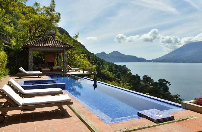 The swimming pool at Casa Polopo
