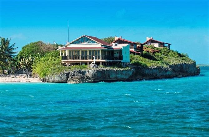 Villa Las Brujas was the first hotel on Cayo Las Brujas