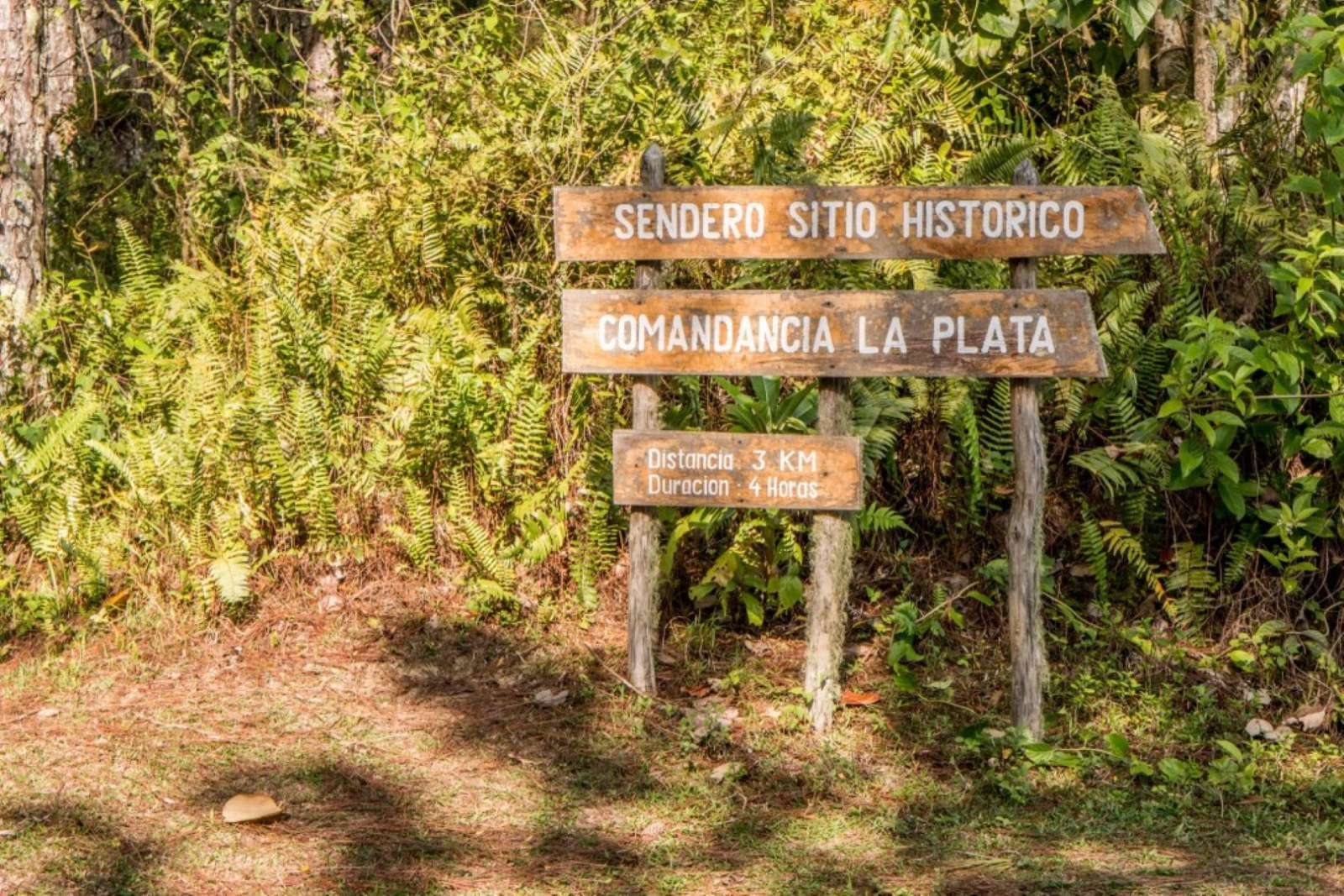 Sign for La Plata in the Sierra Maestra near Bayamo