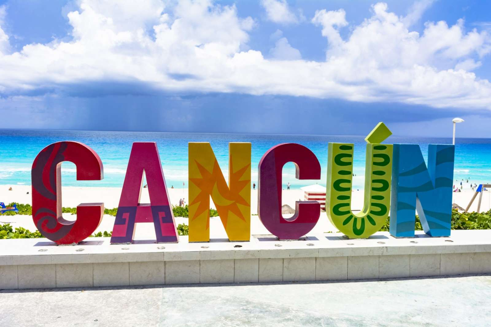 Sign of Cancun