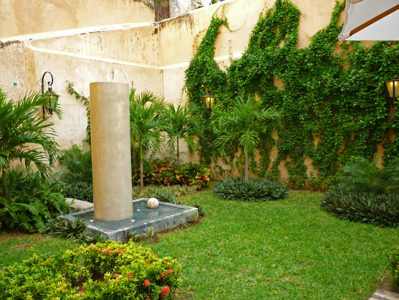 Small garden at Casa Don Gustavo Campeche