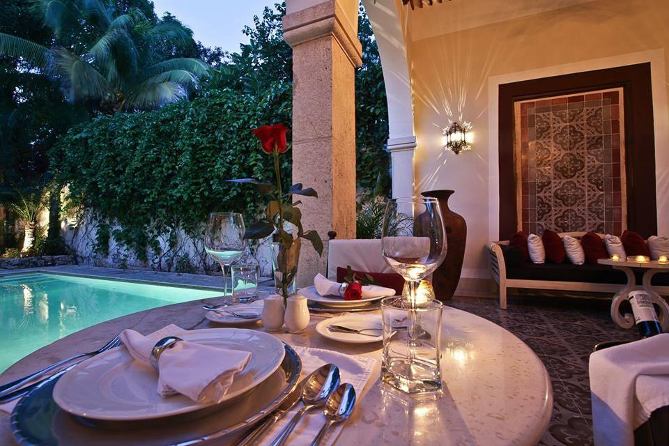 Table setting at Casa Lecanda in Merida