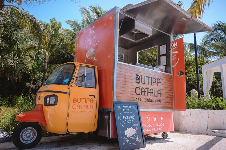 Food truck at Catalonia Playa Maroma