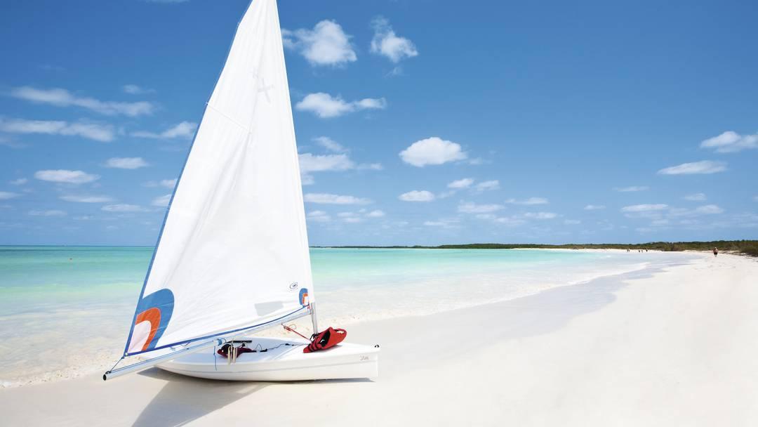 Sail boat at Cayos de Villa Clara, Cuba