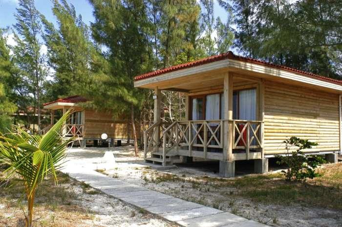 Accommodation in Cayo Levisa