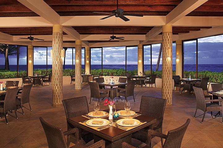 Seaview restaurant at Dreams Tulum