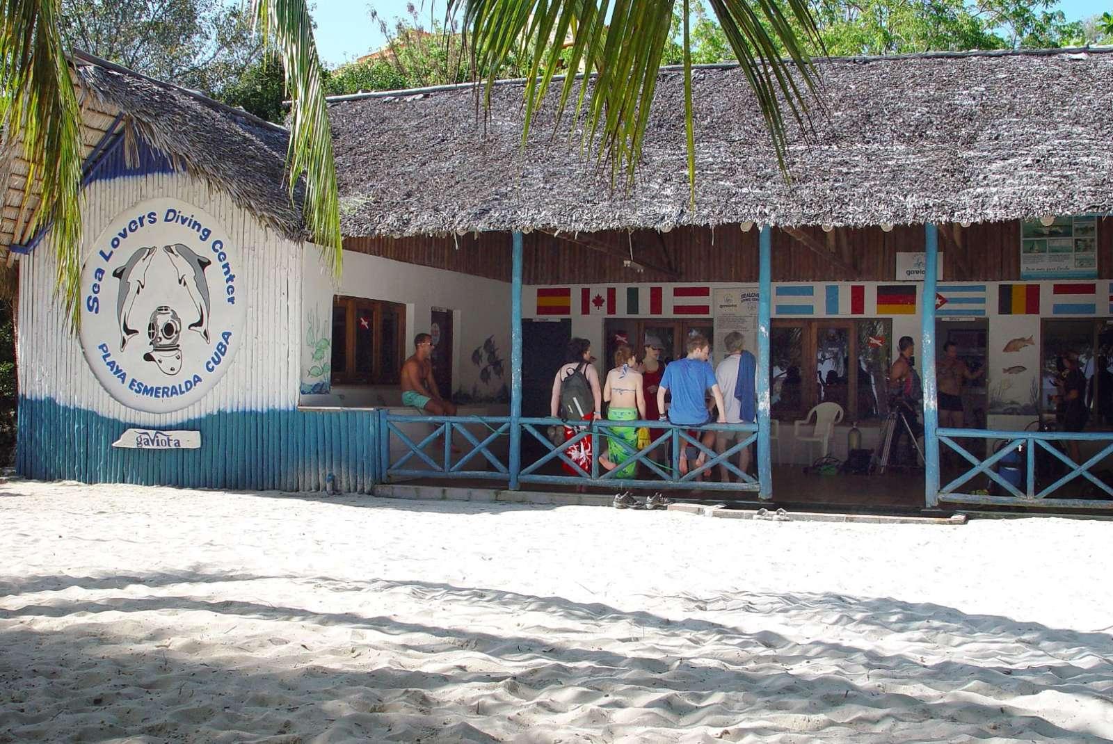 Sea Lovers scuba diving centre in Guardalavaca