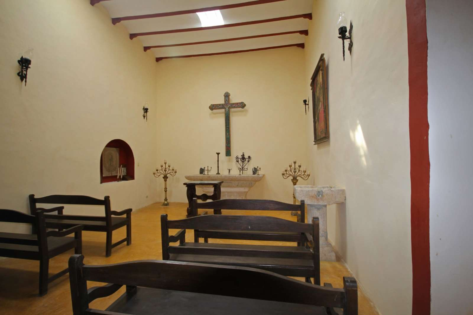 chapel interior at Hacienda Santa Cruz