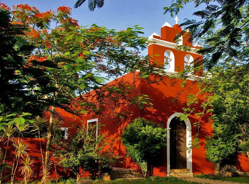 Chapel at Hacienda Santa Cruz