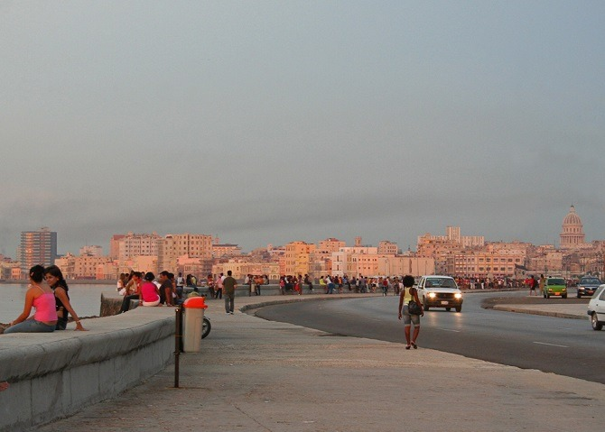 Early evening crowds on Havana's Malecon