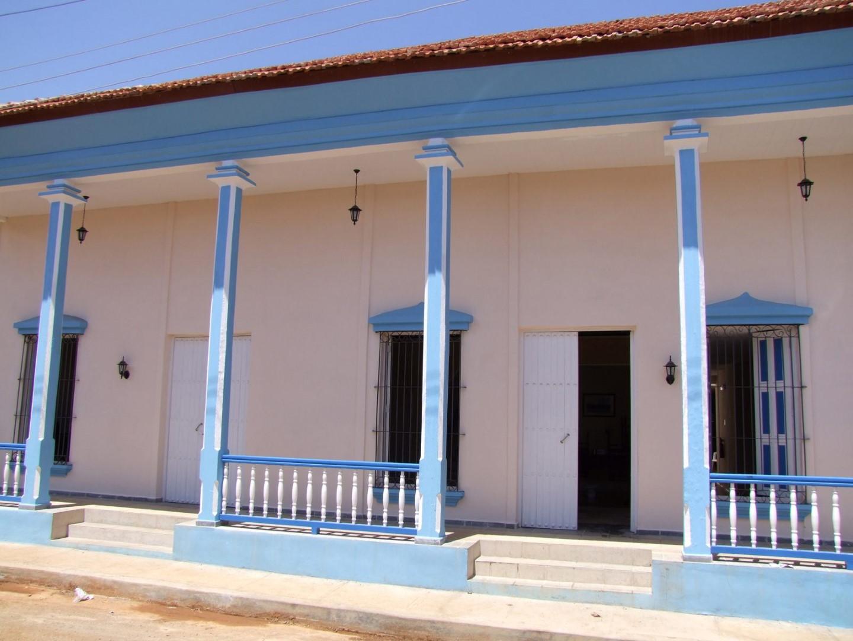 Exterior of Hostal 1511