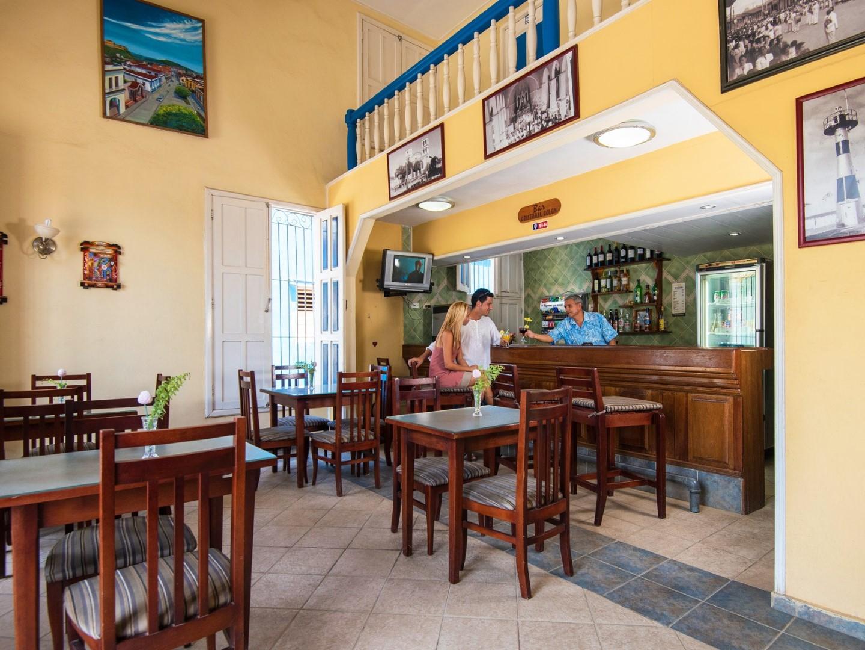 Snack bar at Hostal 1511