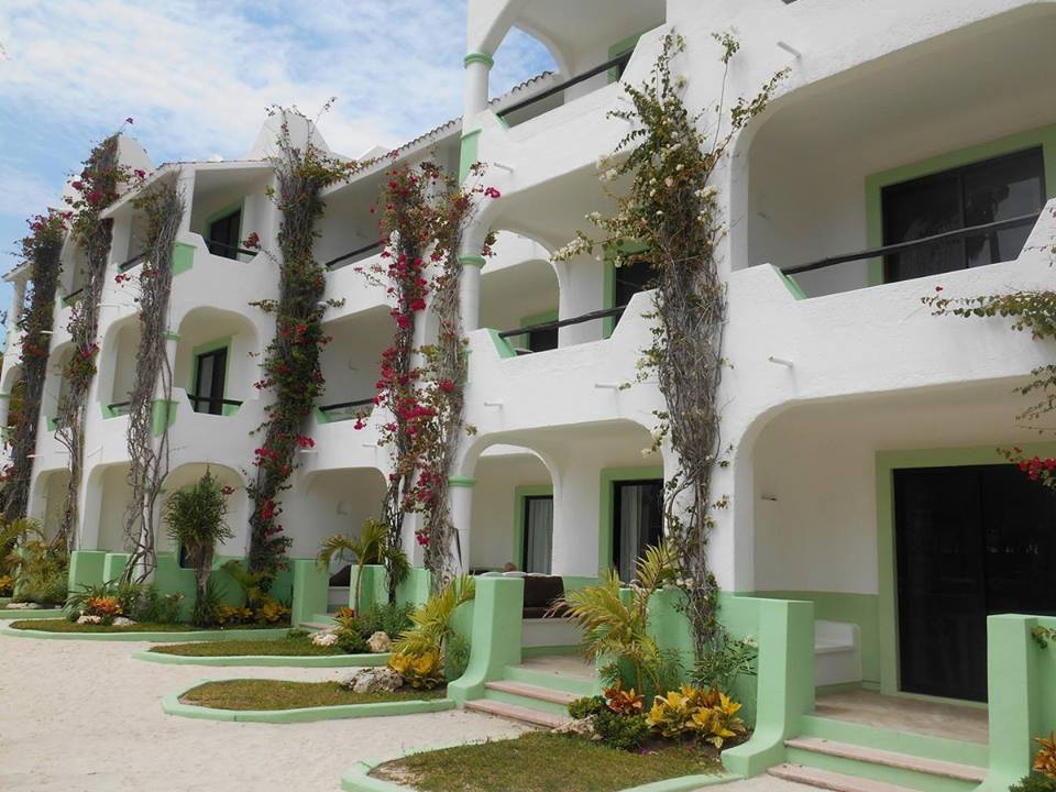 Main accommodation block at Hotel Akumal Caribe