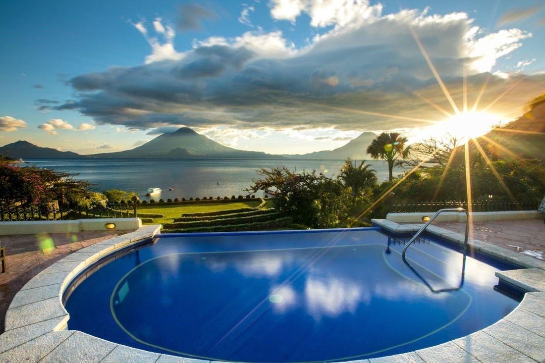 Jacuzzi at Hotel Atitlan