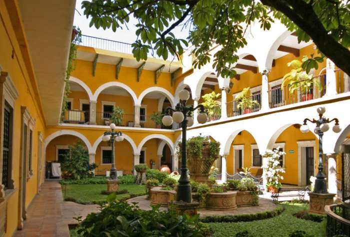 Courtyard at Hotel Caribe Merida