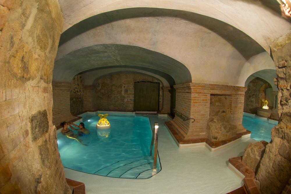Spa pool at Hotel Casa Santo Domingo in Antigua