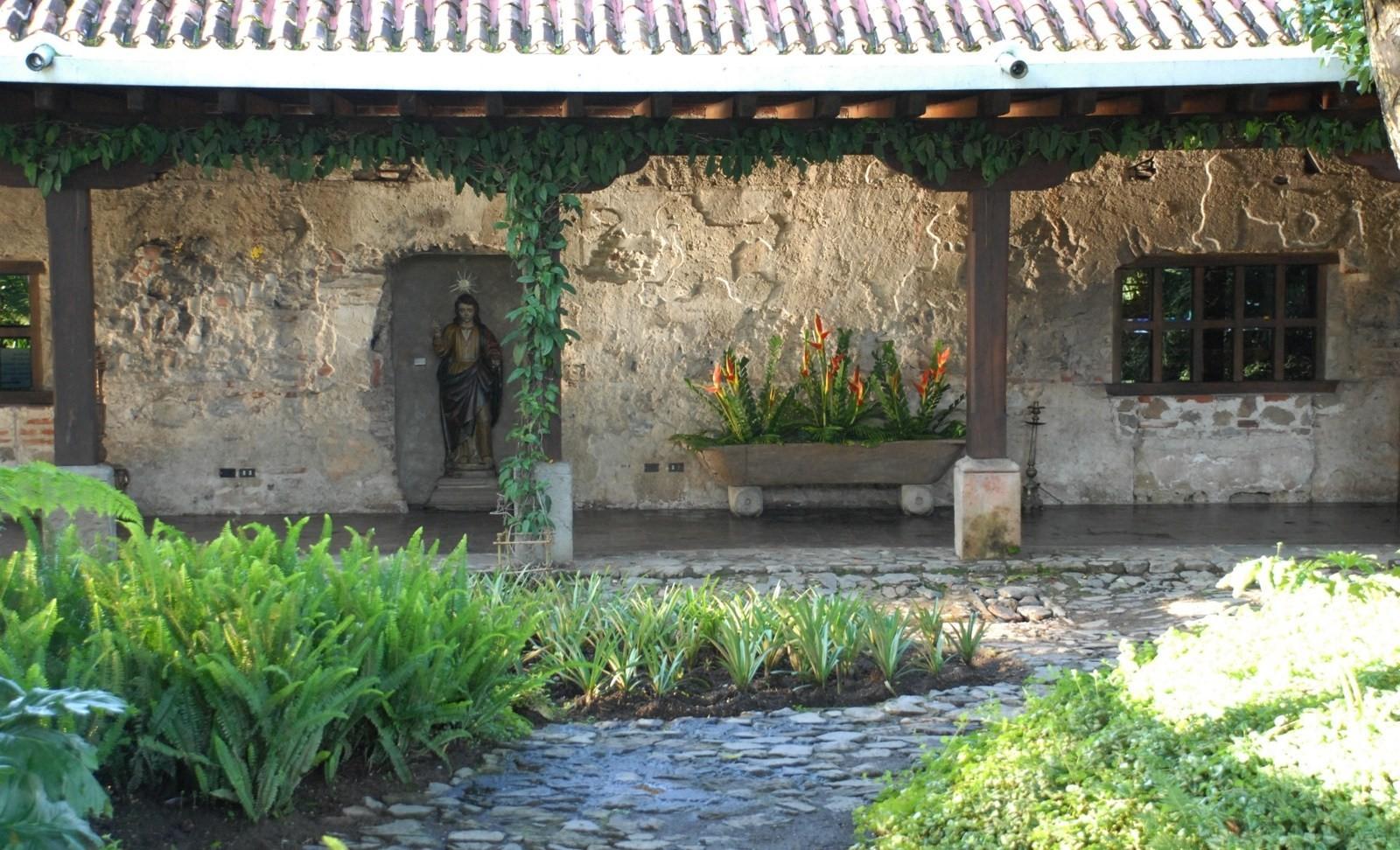 Statue at Hotel Casa Santo Domingo in Antigua