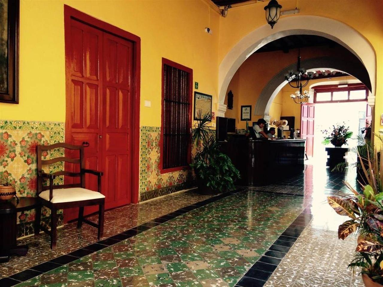Reception at Hotel Castelmar Campeche