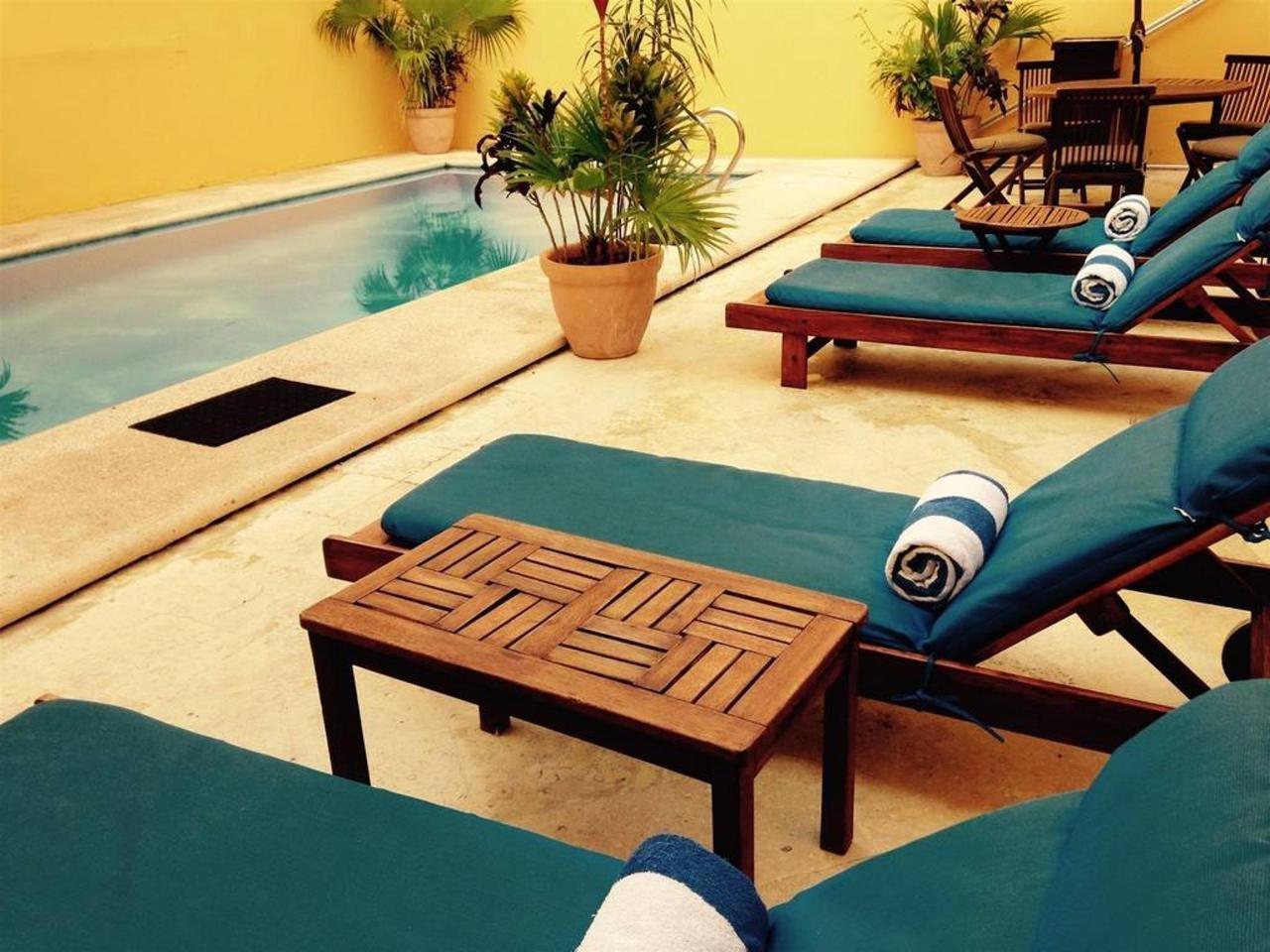 Hotel Castelmar Campeche Swimming Pool