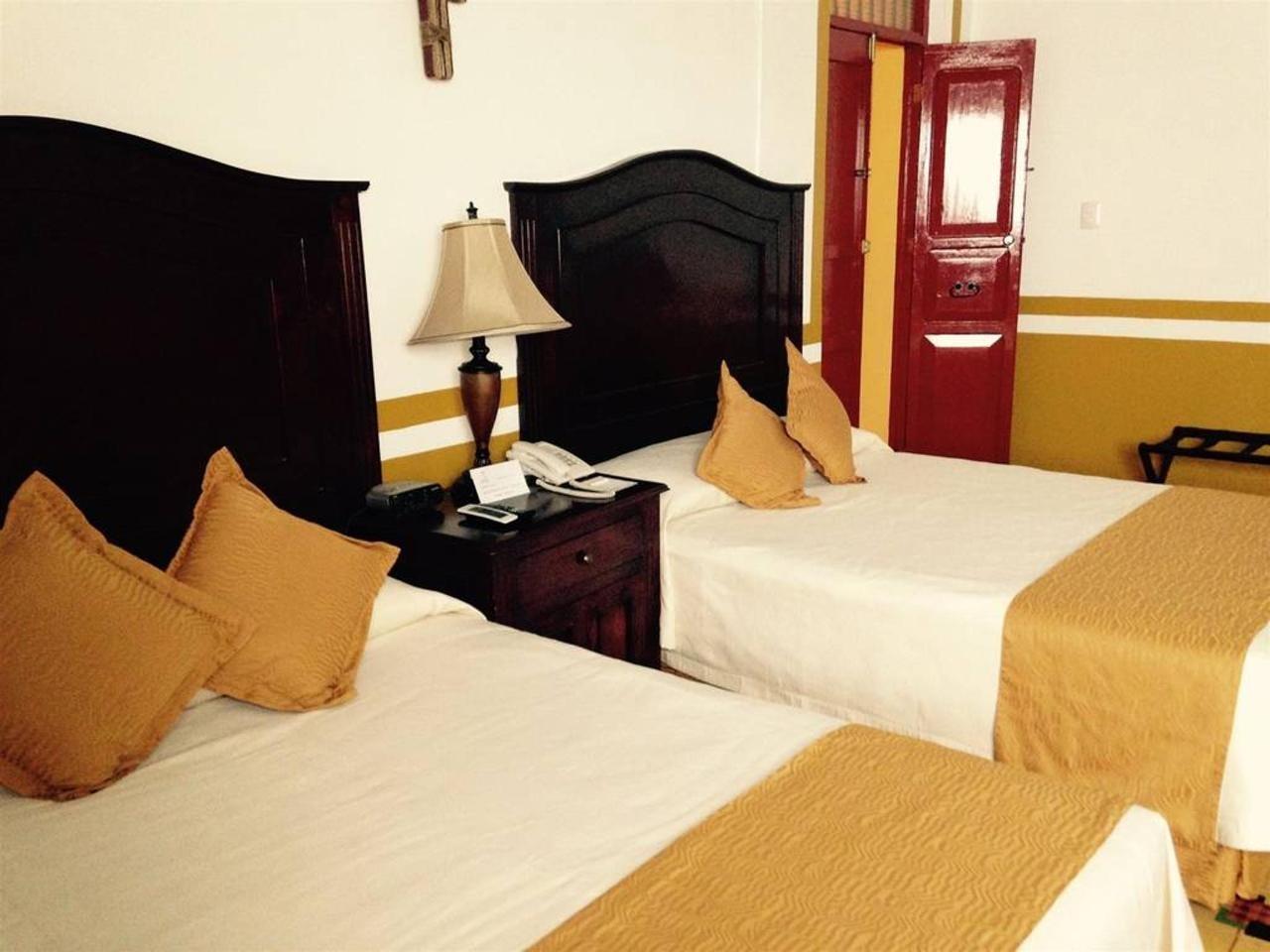 Hotel Castelmar Campeche Twin Beds