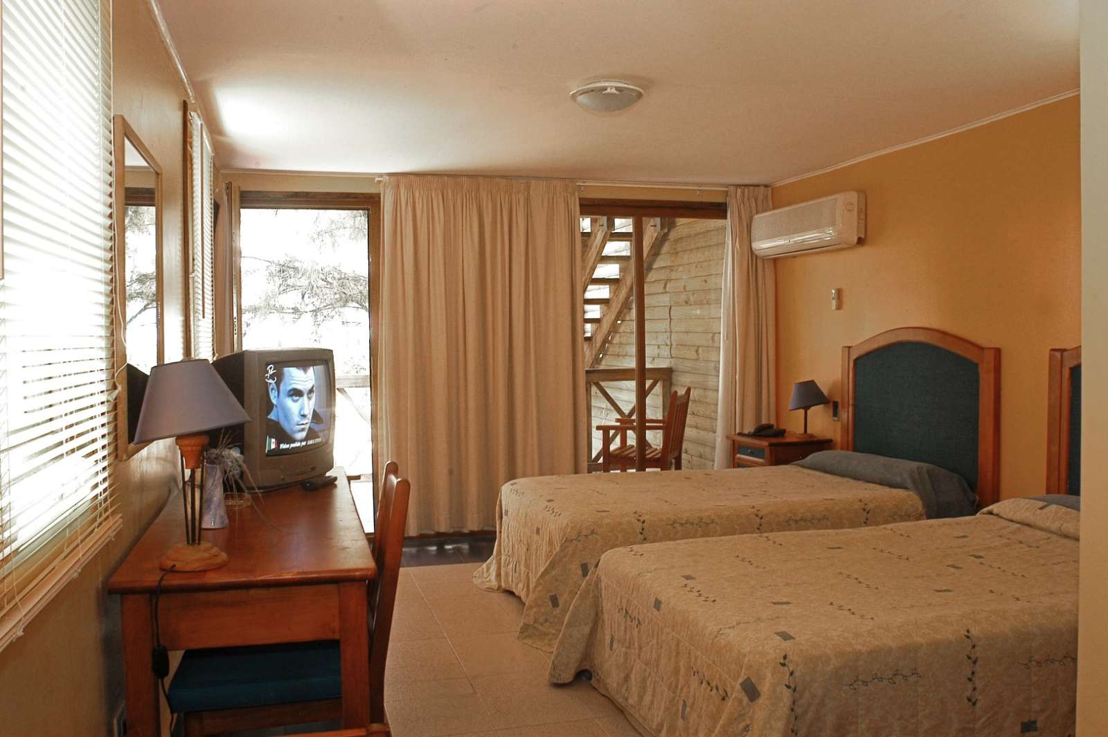 Twin bedded room at Hotel Cayo Levisa in Cuba