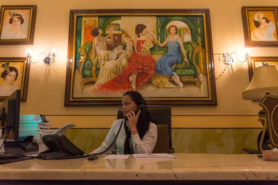 Receptionist at Hotel Central in Santa Clara