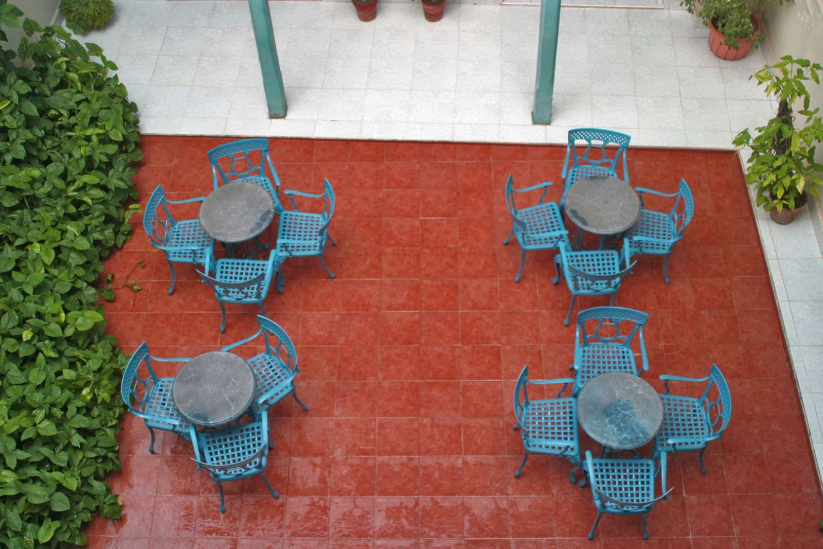Courtyard at Hotel Mascotte in Remedios
