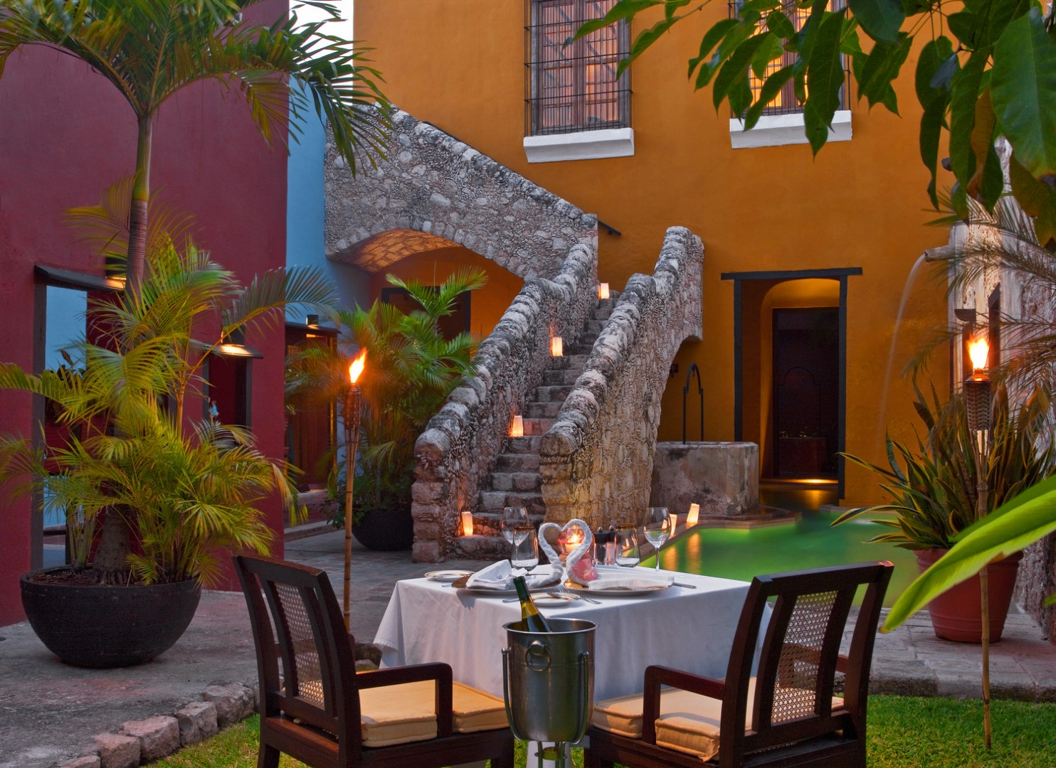 Romantic dinner at Hotel Puerta Campeche