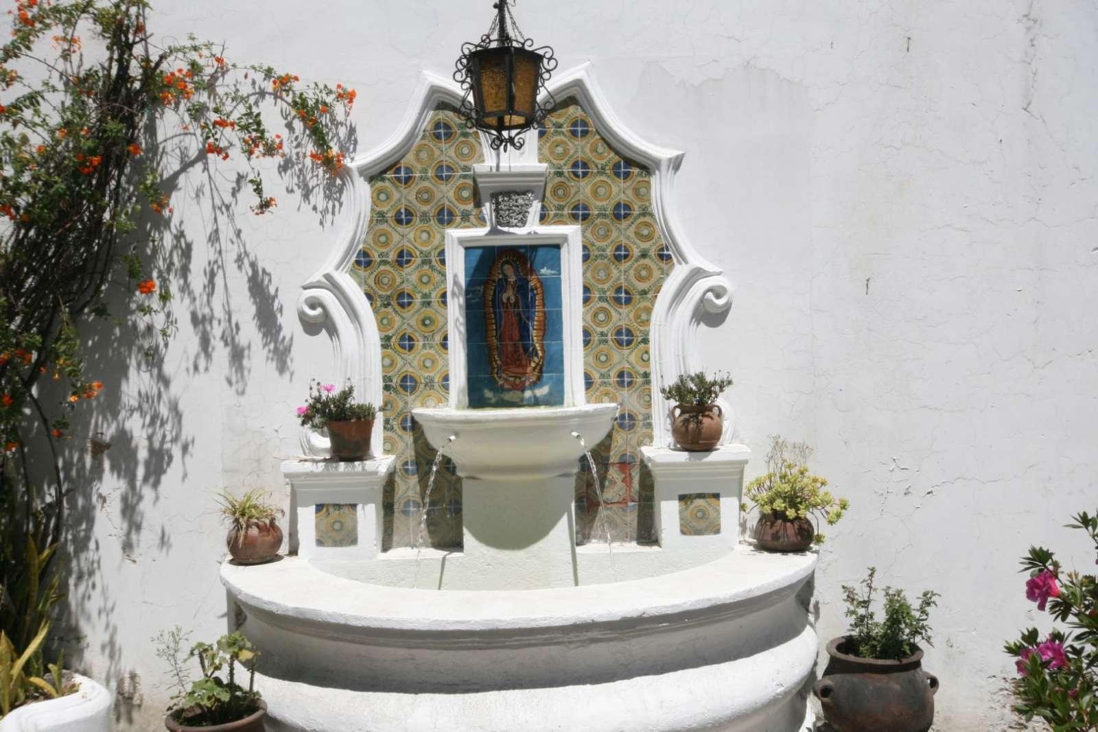 Fountain at Hotel Santo Tomas in Chichicastenango