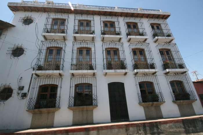 Exterior of Hotel Santo Tomas in Chichicastenango
