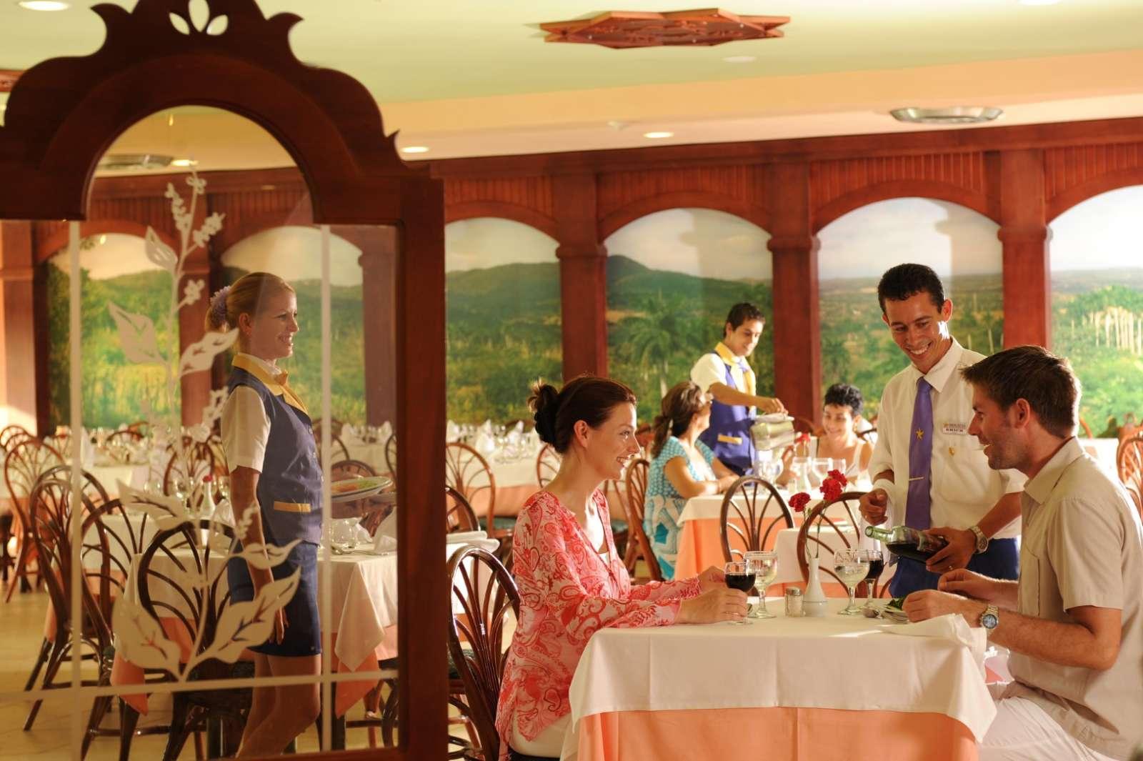 Couple dinining at Iberostar Tainos