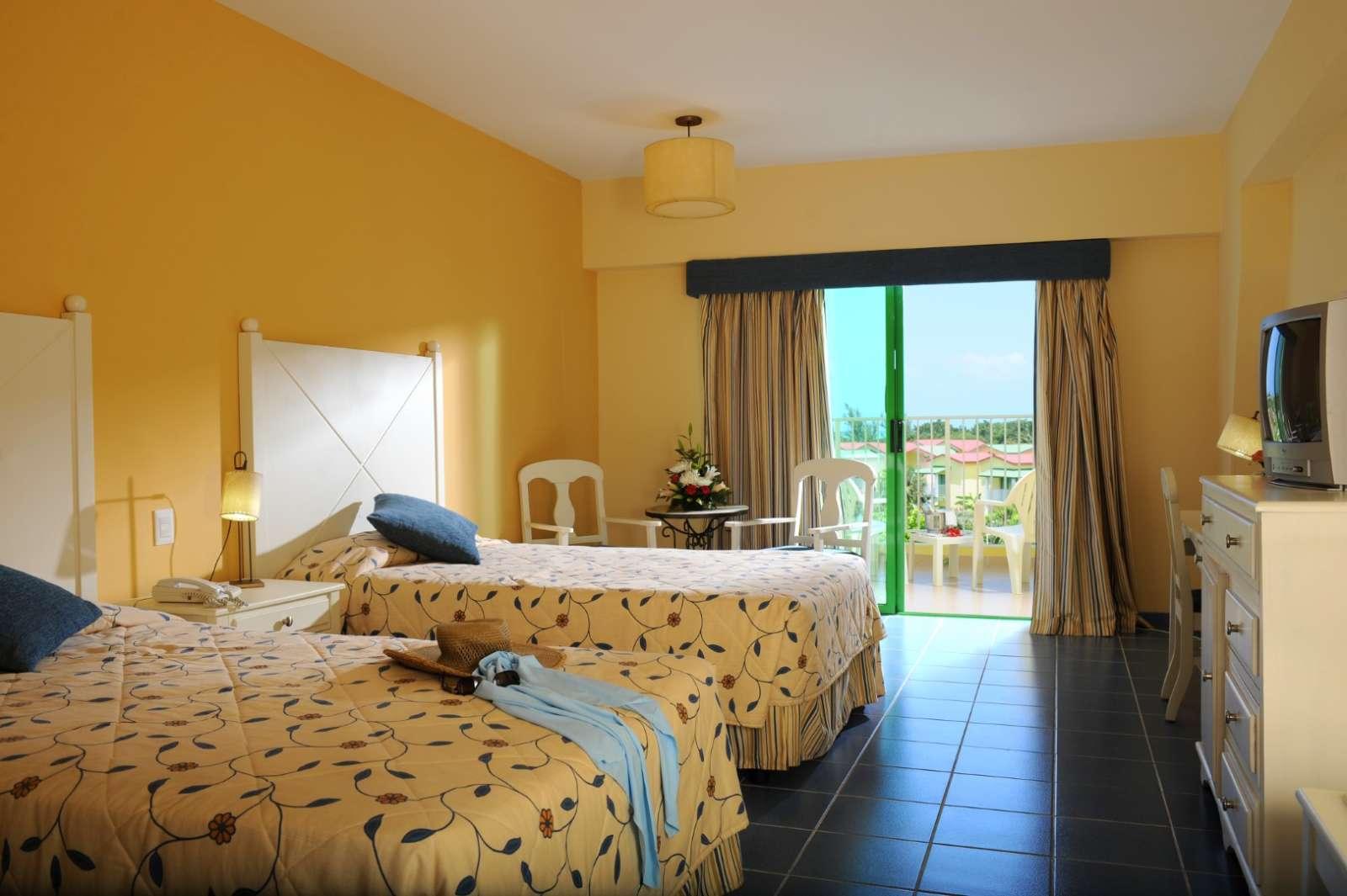 Room room at Iberostar Tainos