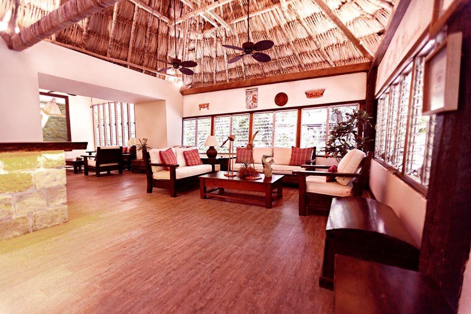 Lounge area at Jungle Lodge Tikal