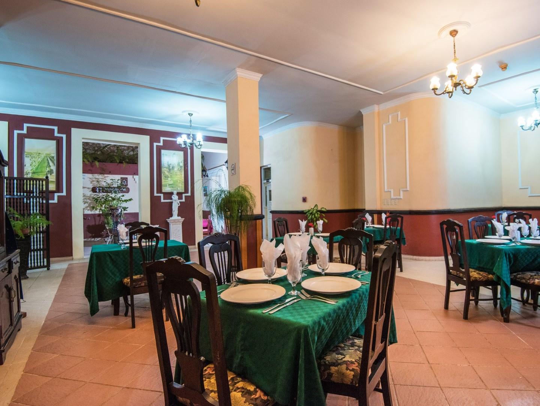 Restaurant at La Habanera hotel