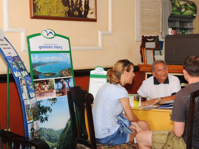 Tour desk at La Habanera hotel