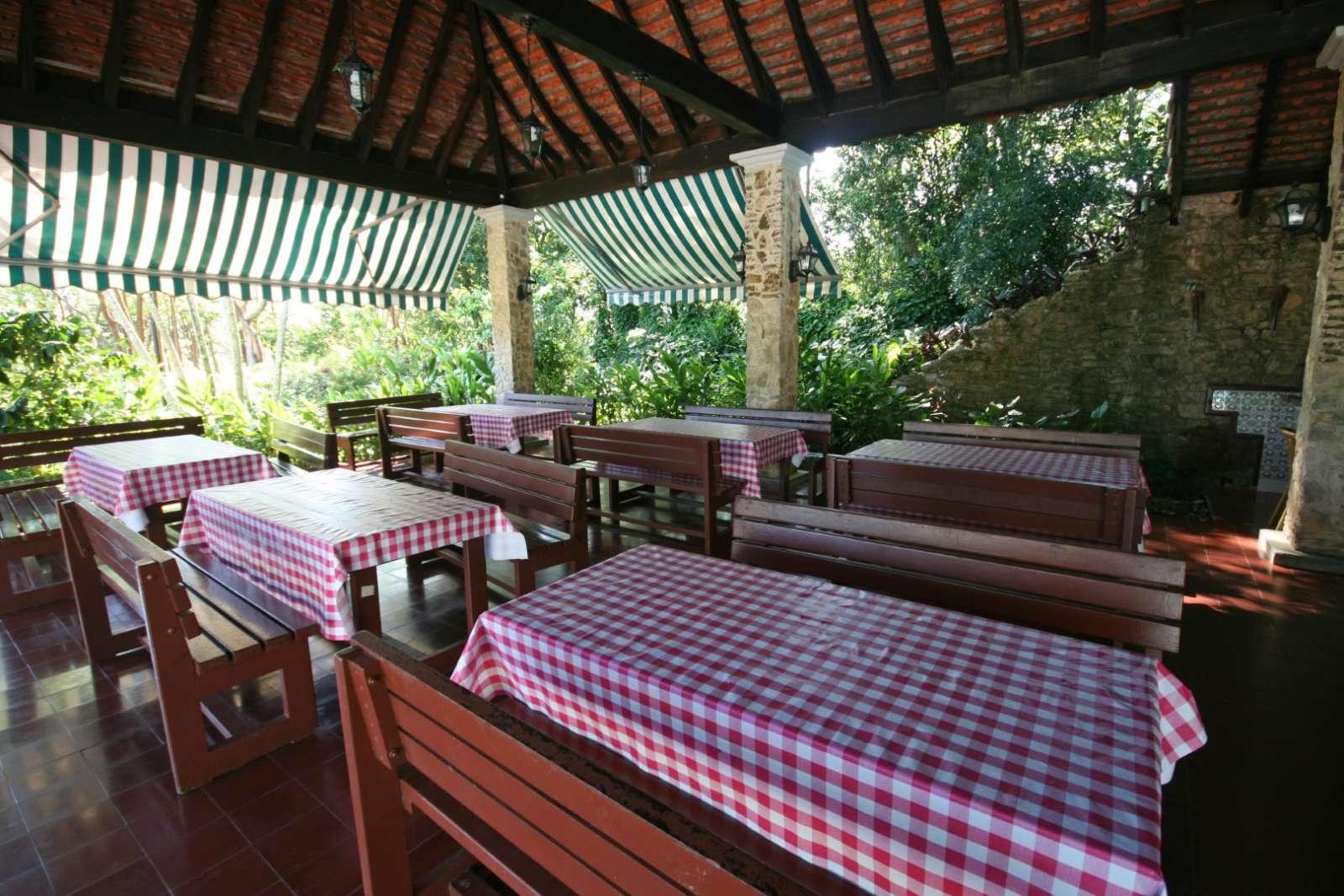 Pool bar and restaurant at La Moka hotel in Las Terrazas, Cuba