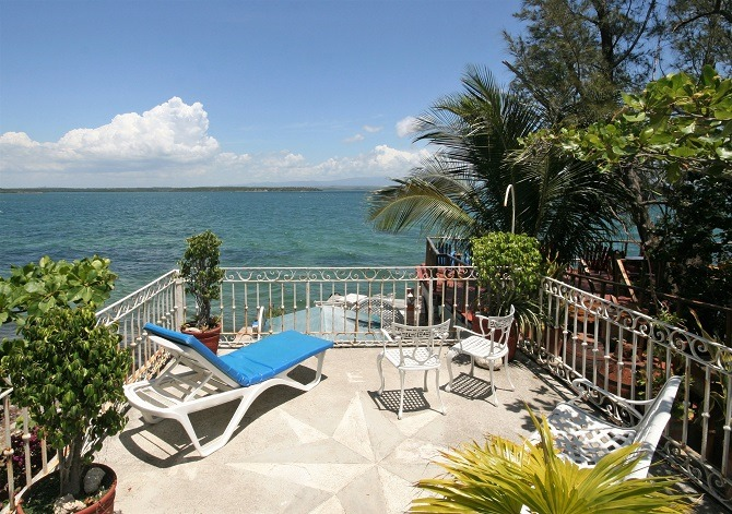 The deck at Casa Los Delfines in Punta Gorda, Cienfuegos