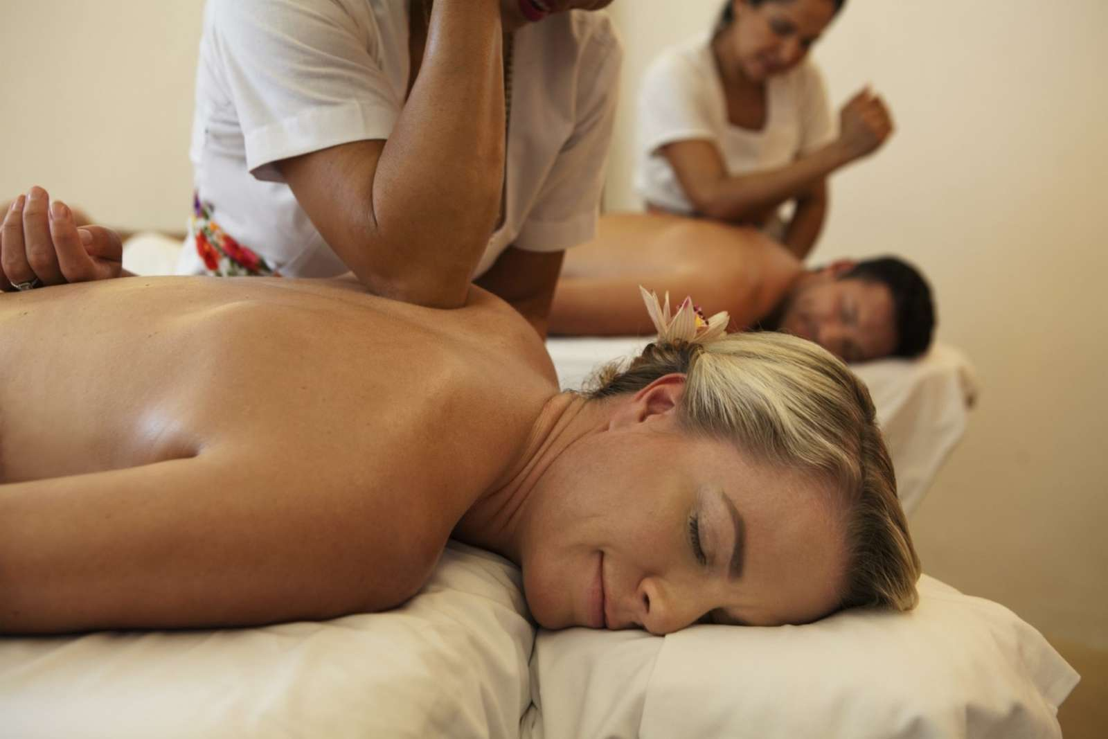 Massage at Mahekal Beach Resort