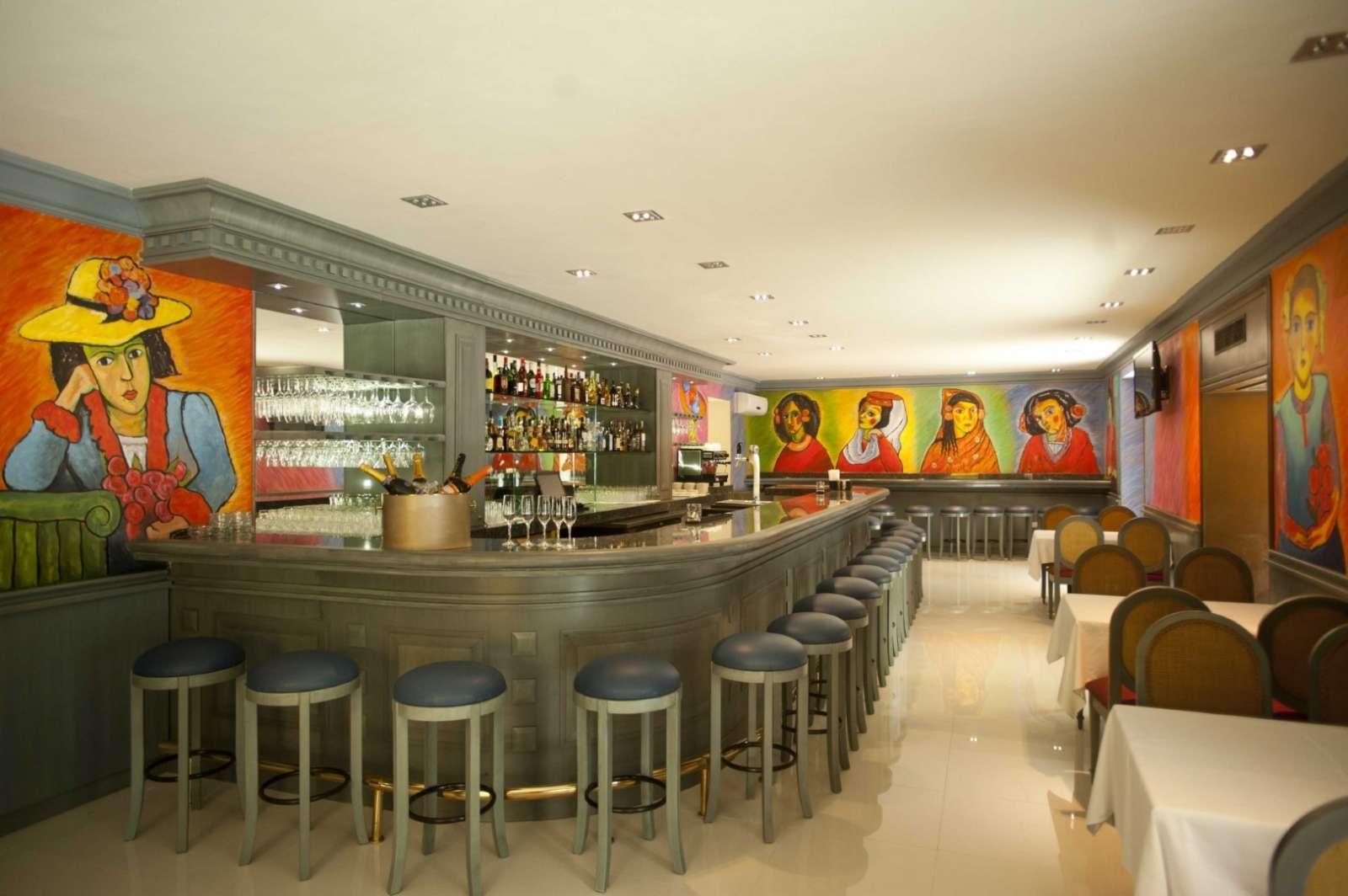 Bar at hotel Mansion Merida