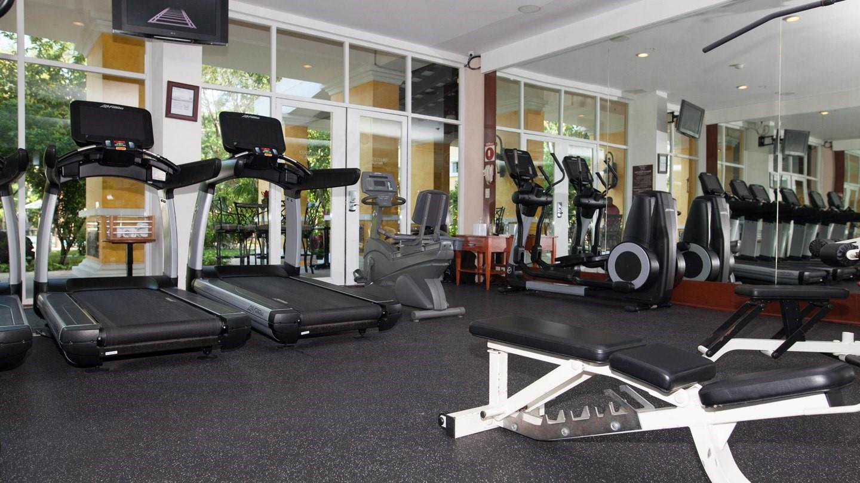 Gym at Marriott Courtyard Cancun
