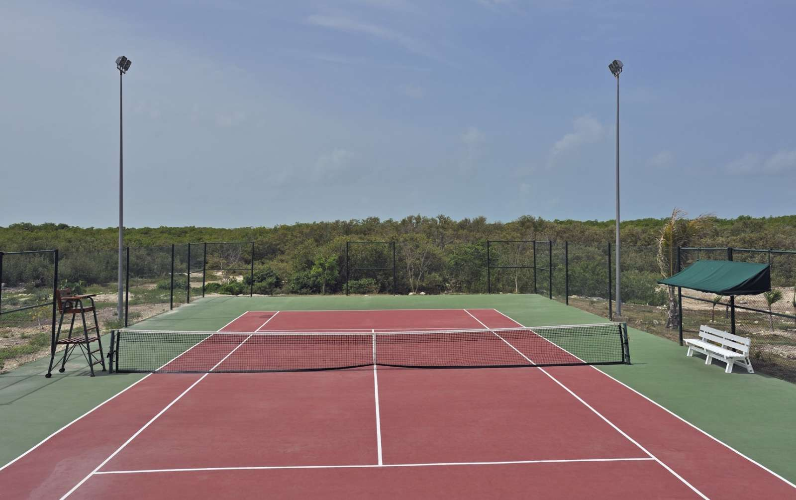 Tennis court at Melia Buenavista