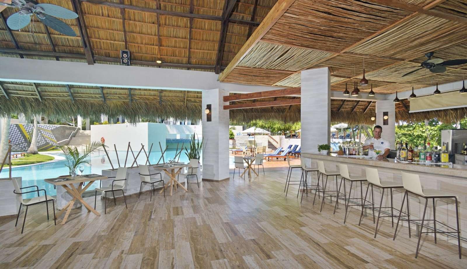 Pool bar at Melia Las Americas