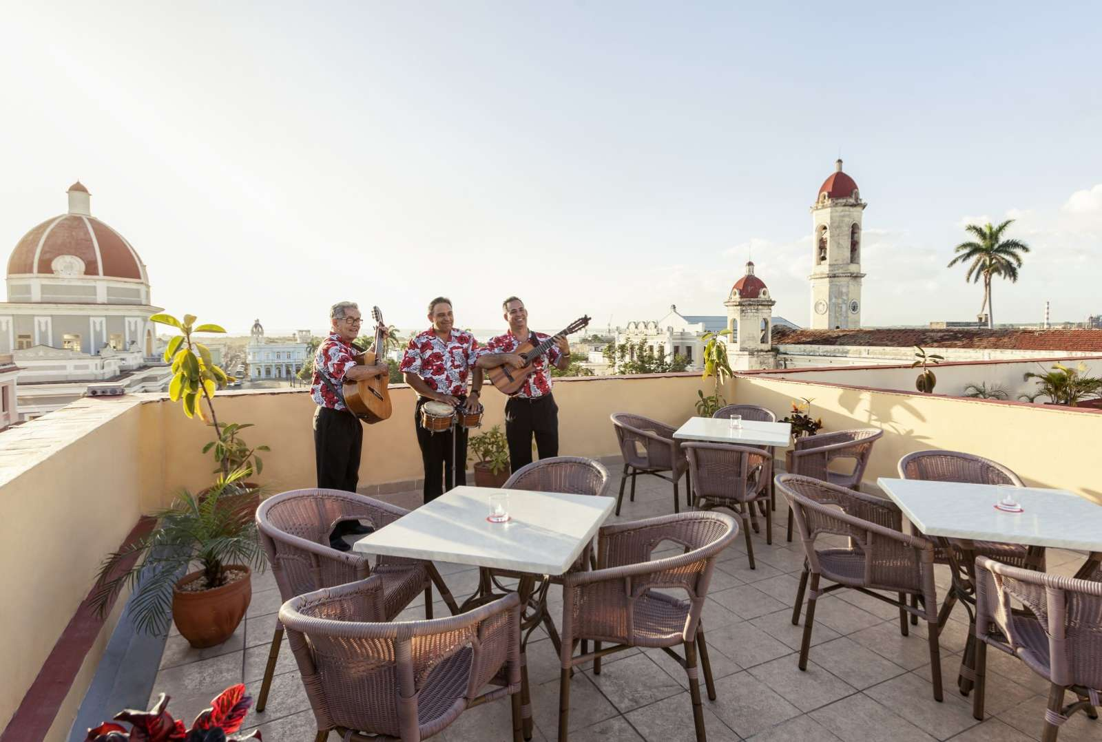 Live band on rooftop terrace of Melia Union hotel in Cienfuegos