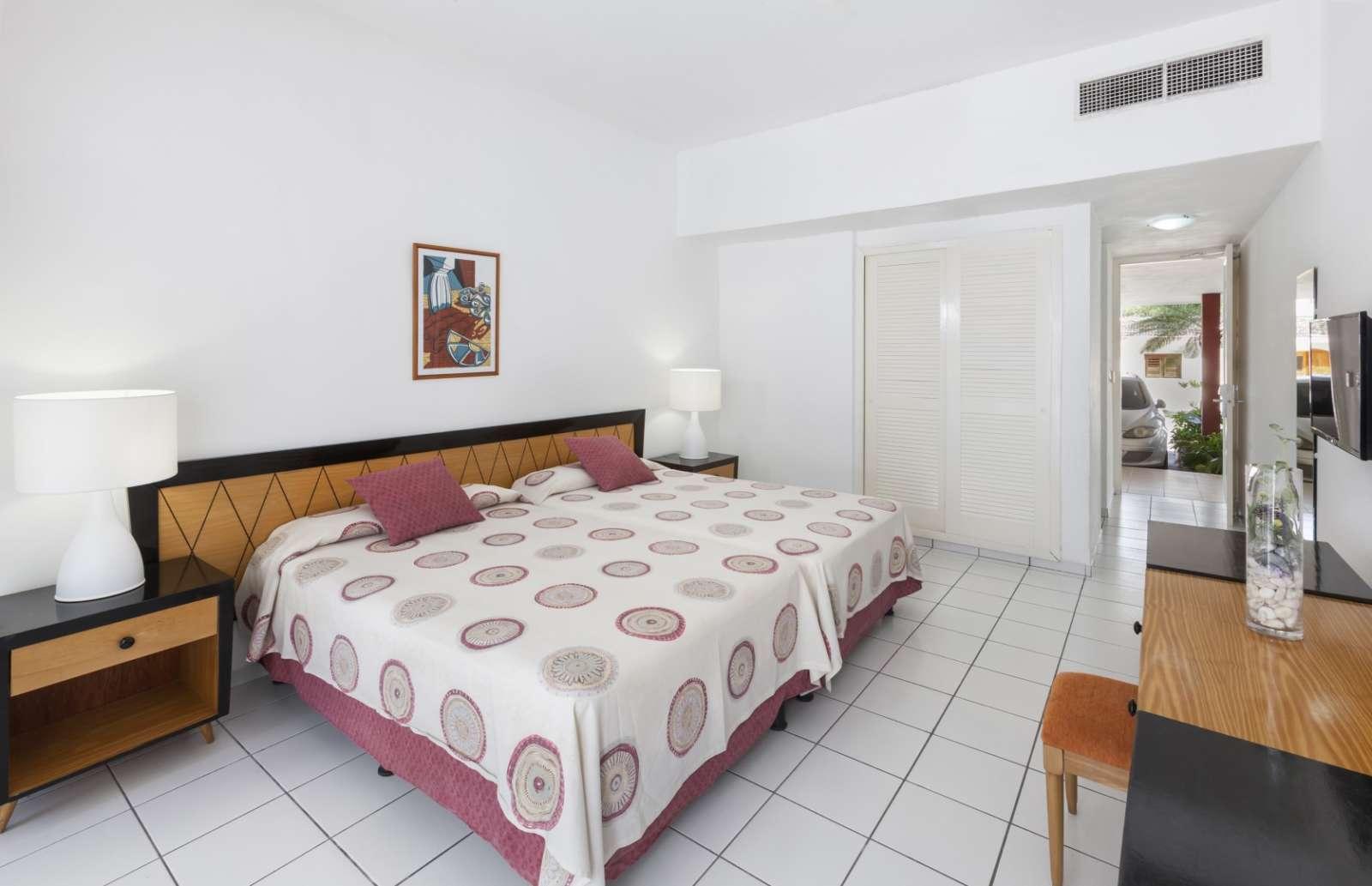 Bedroom at Melia Jagua in Cienfuegos