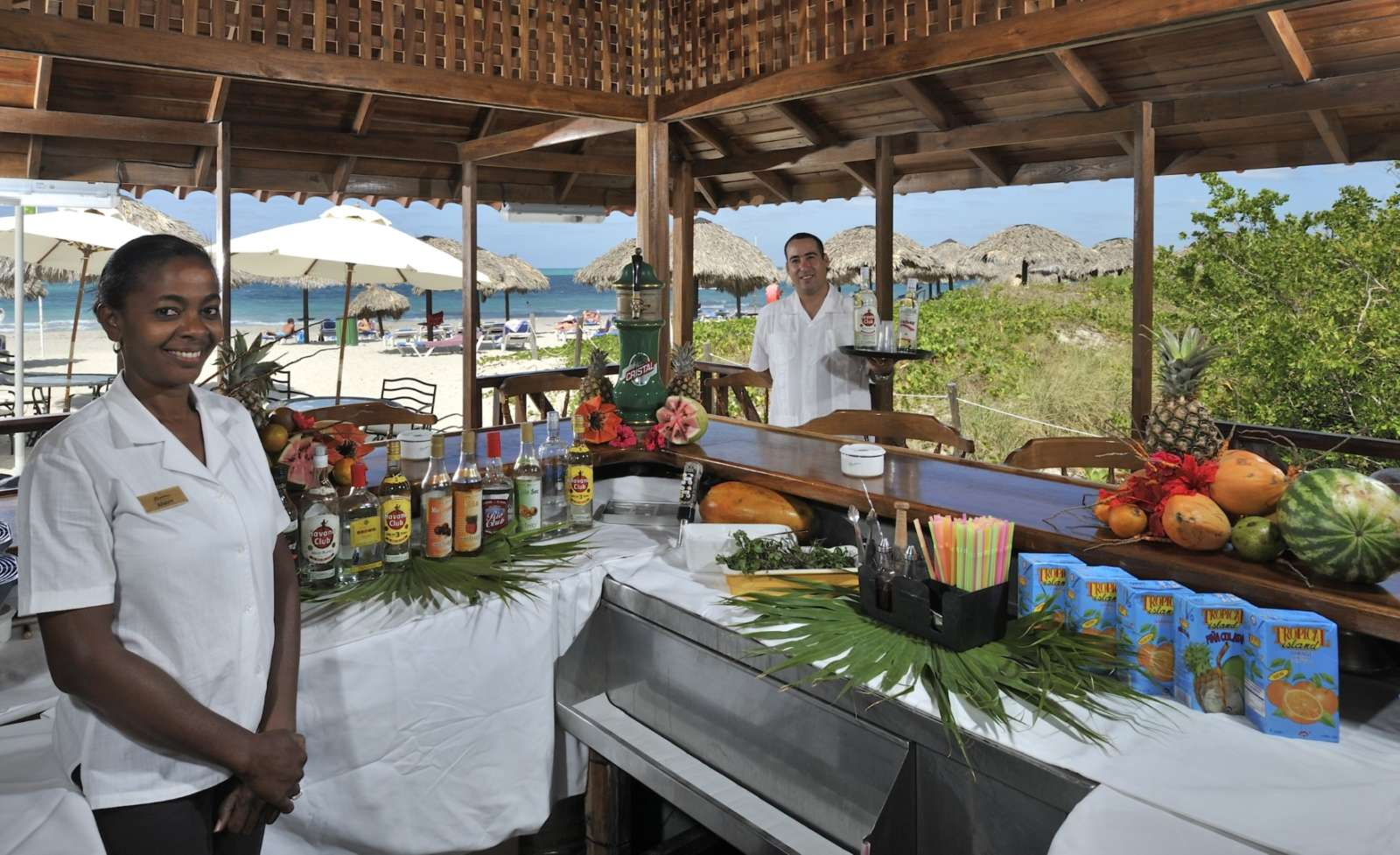 Beach bar staff at Paradisus Princesa Varadero