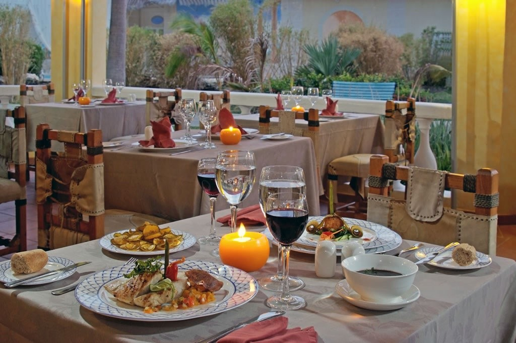 Romantic restaurant setting at Paradisus Princesa Varadero