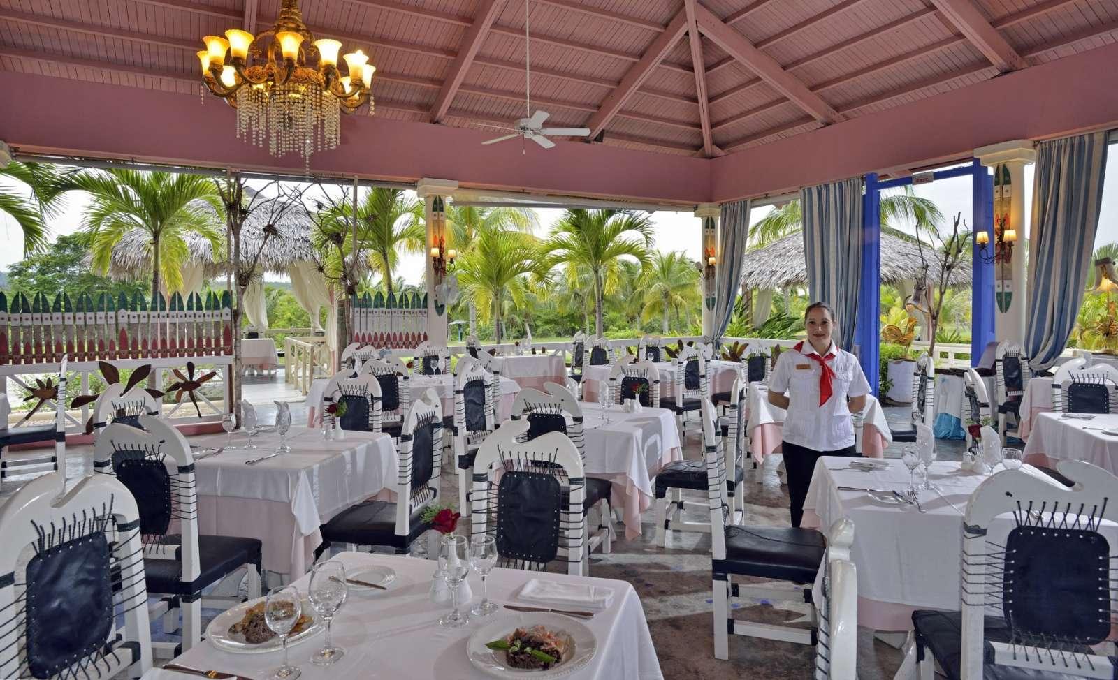 Casual restaurant at Paradisus Rio de Oro